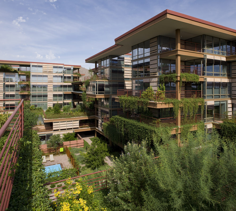 Optima Camelview courtyard and green space