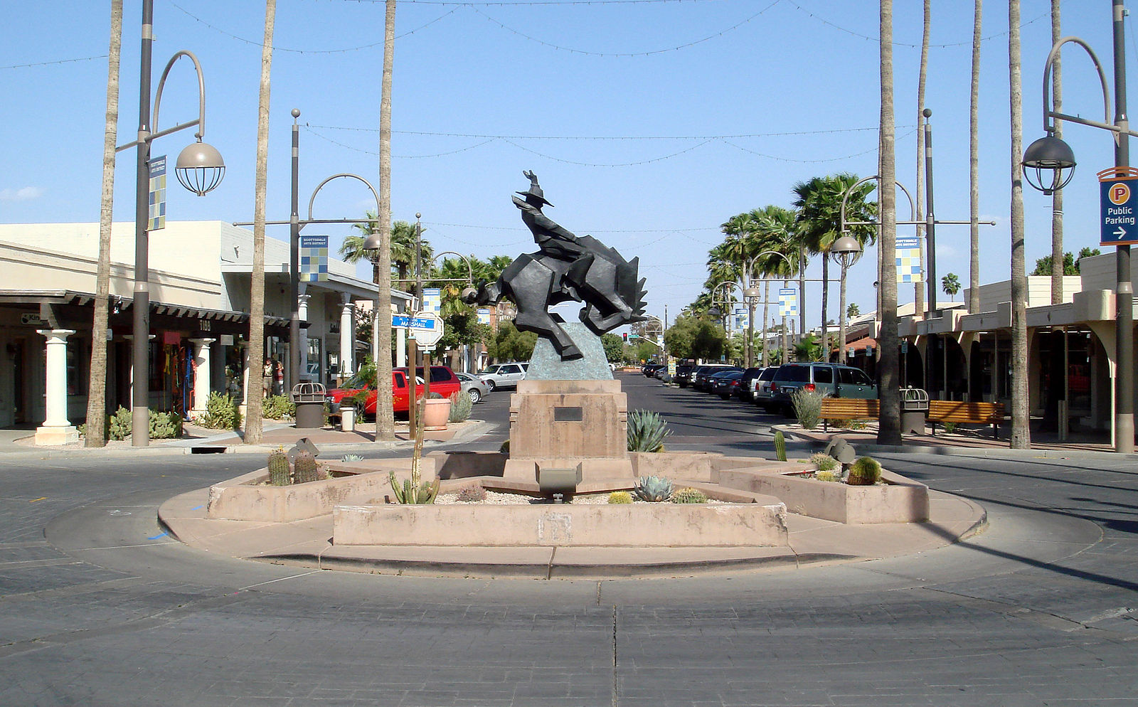 Jack Knife by Ed Mell in the Scottsdale Arts District