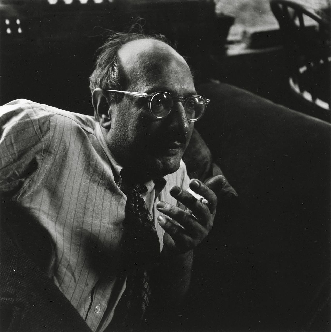 Mark Rothko in Yorktown Heights circa 1949. Courtesy of Brooklyn Museum, photo by Consuelo Kanaga.