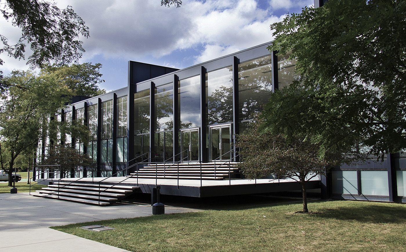 S.R. Crown Hall (1997) at IIT, designed by Ludwig Mies van der Rohe in the International Style
